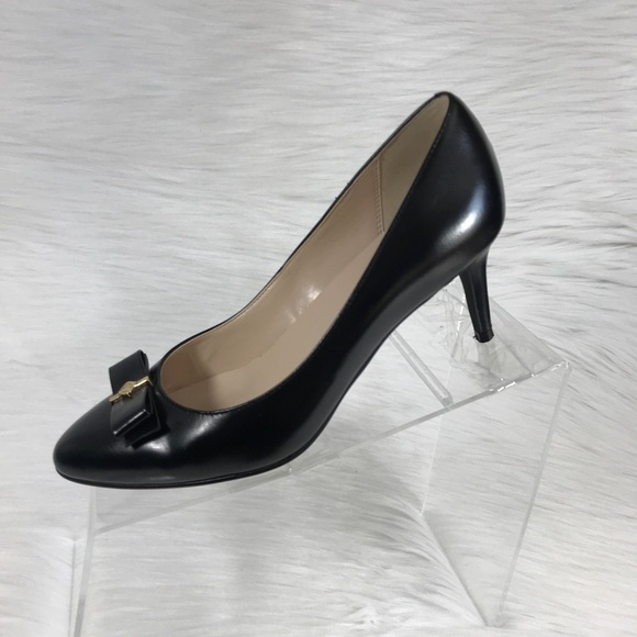 cb065200dc5 Cole Haan Grand. OS Signature Pumps Black Size 6 B